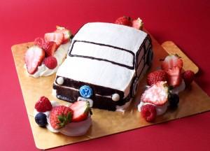 車のケーキ3
