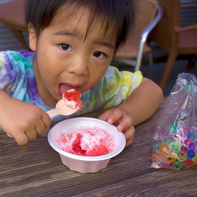 小学生以下のお子様限定★かき氷とぷよぷよすくいプレゼント中です♪