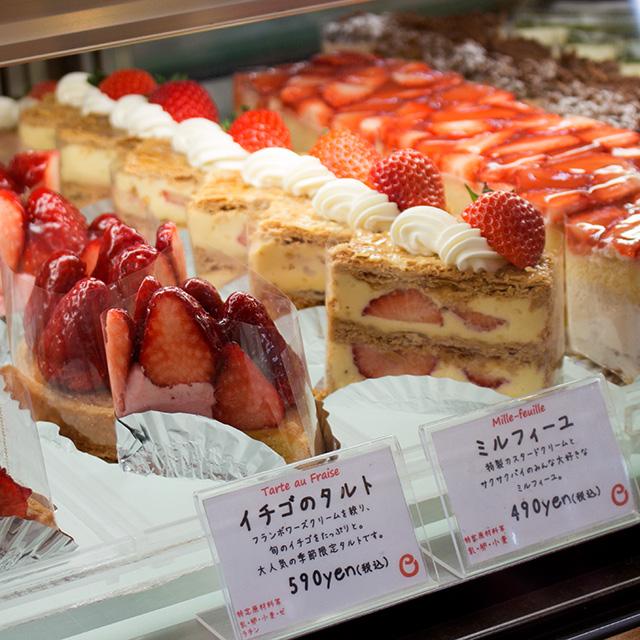 いちごタルト、ミルフィーユ、赤いショートケーキ